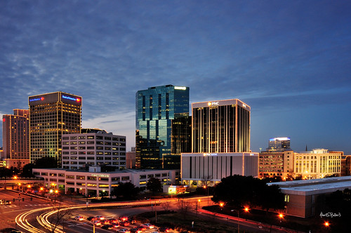 longexposure skyline cityscape dusk christmaslights bluehour magichour norfolkvirginia grandillumination nikon1870mm leefilters nikond90 062stopndgradsoftedge