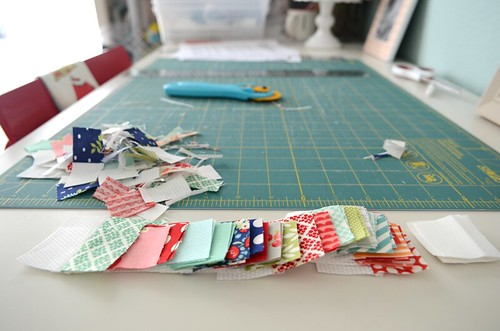 APQ quilt along- cutting