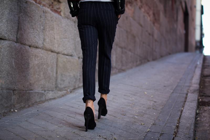 Pantalon_Rayas_Mango_015