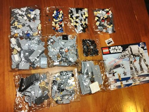 Lego 8129 AT-AT Bags