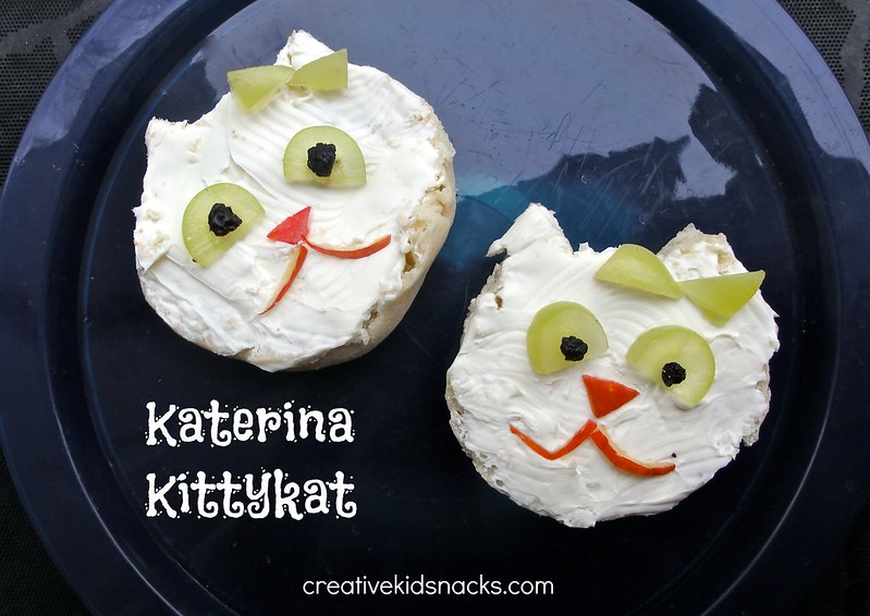 Daniel Tiger Katerina Kittykat - cute open faced bagel snack to serve at a Daniel Tiger Birthday Party