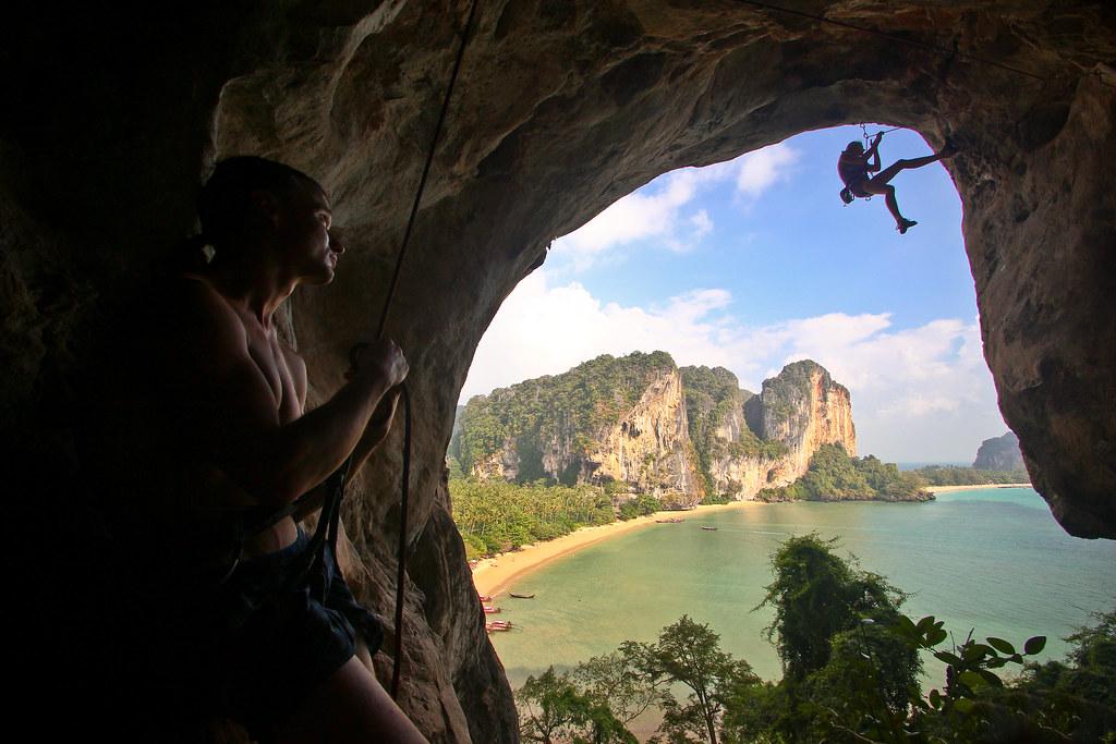 climbing in TonSai