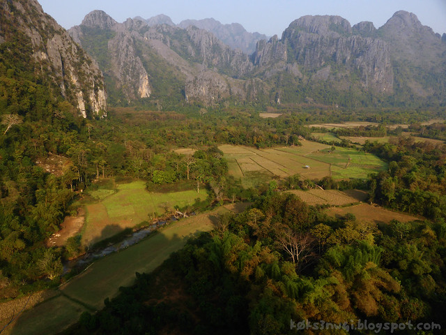 10 Pha Poak View of Karst and Plain