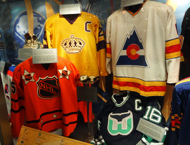 defunct-nhl-jerseys