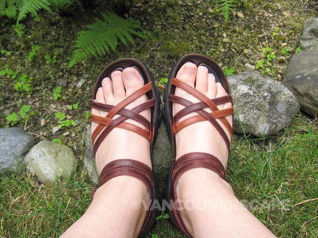 KEEN Naples sandal-2