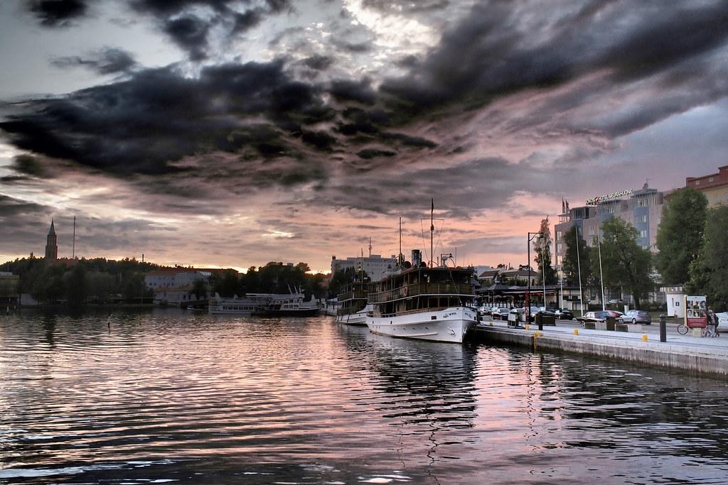 Auringonlasku Savonlinnassa