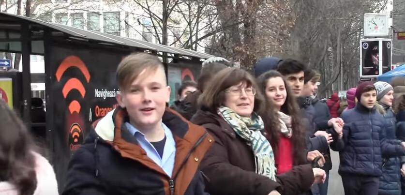 Hora_Unirii_Chisinau_Liceul_Gheorghe_Asachi_1_Decembrie_2016 (18)