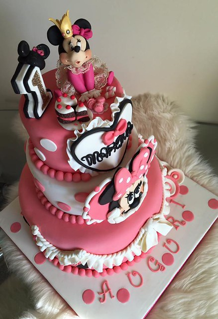 Cake by Pompea Camposeo