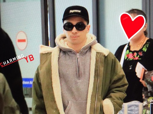 YB Dae TOP arrival Seoul from Nagoya 2016-12-05 (9)