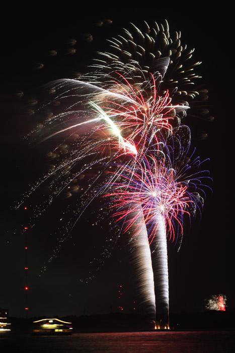 web_fireworks_0109