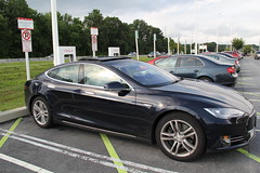 automobile(1.0), tesla(1.0), executive car(1.0), wheel(1.0), vehicle(1.0), automotive design(1.0), sedan(1.0), personal luxury car(1.0), land vehicle(1.0), luxury vehicle(1.0),
