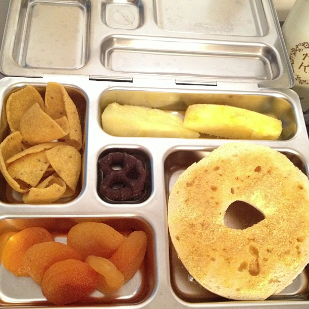 That time of year again! School lunch! Bagel with Earth Balance and nooch, apricots, corn chips, pineapple, chocolate covered pretzel.