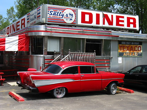 chevrolet restaurant classiccar pennsylvania diner erie presqueislestatepark chevybelair fadingamerica mountainviewdiner sallysallamericandiner