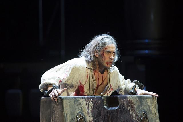 Erwin Schrott as Procida in Les Vêpres siciliennes © ROH / Bill Cooper 2013