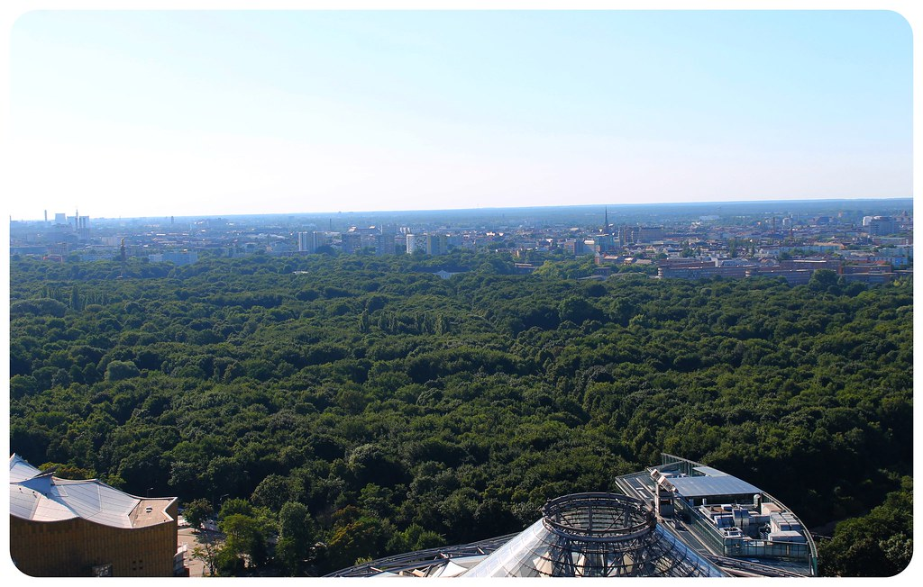 berlin tiergarten from above