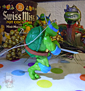 "AMERICAN GREETINGS :: TEENAGE MUTANT NINJA TURTLES - ""Leonardo"" Ornament vii (( 2013 ))"