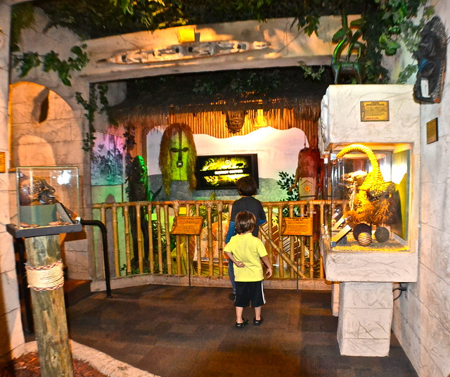 Ripley's Believe It or Not Orlando - artificats
