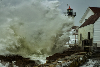 Northeast winter snow storm Gloucester, Massachusetts Eastern Point Light house 20 foot waves and 2 feet of snow 1/3/14