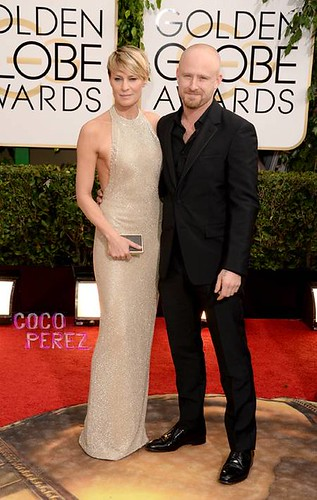 golden-globes-2014-robin-wright-ben-foster-red-carpet__oPt