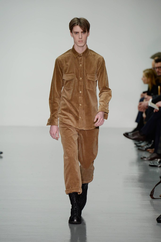 FW14 London Lou Dalton001_Alek Stoodley(VOGUE)