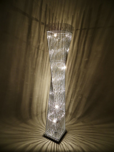 Cayan Tower Silver Spiral Twisted Floor Standing Standard Lamp Flower Chrome New Ebay