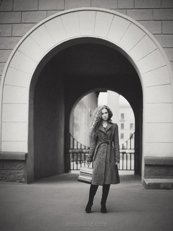 Фотосессия девушки в городе