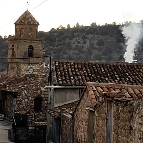 Disfrutando de los pueblos que huelen a humo.... Disfrutando de la tranquilidad de la #SierraDeAlbarracín