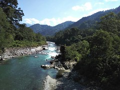 River Kamlang is a visual treat on either side of the Kamlang bridge on the way to the remote village Wakro in Arunachal Pradesh in North East India! #IncredibleIndia #arunachalpradesh #arunachal #IncredibleIndia #Kamlang #RiverKamlang #Wakro #River #rive