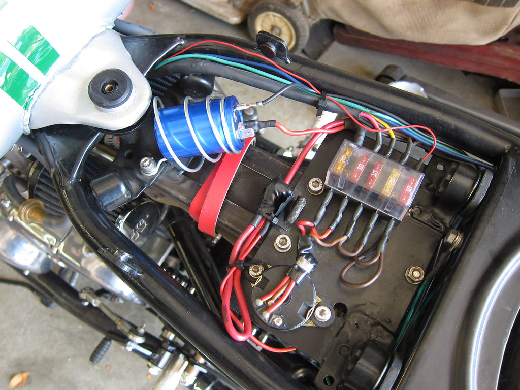 xs650 fuse box wiring library range rover fuse box location sparx capacitor  \
