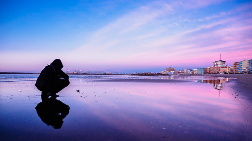 morning blue sunset shadow sea france reflection beach sunrise landscape sand purple lonely shape fr languedocroussillon palavas palavaslesflots flickr12days