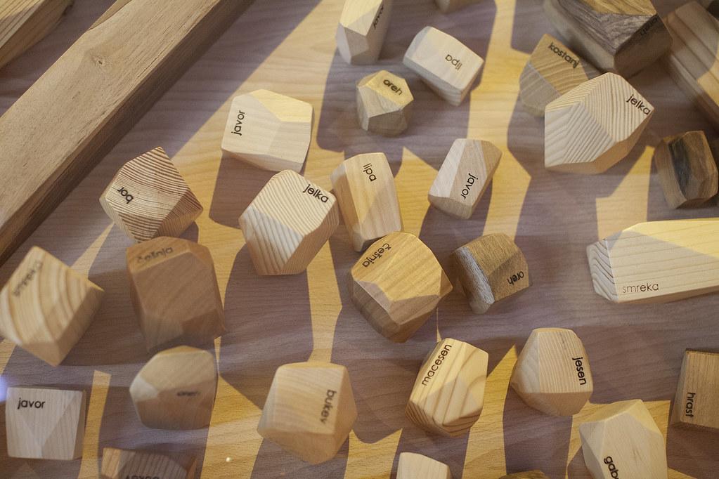mesec oblikovanja month of design mesec oblikovanja leseni kamni
