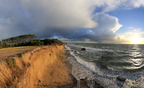 sunset sea storm strand canon eos seaside day sonnenuntergang ngc baltic ostsee ef 1740mm ahrenshoop steilküste küste 6d fischland mecklenburgvorpommern dars niehagen hohesufer simplysuperb flickrbronzetrophygroup