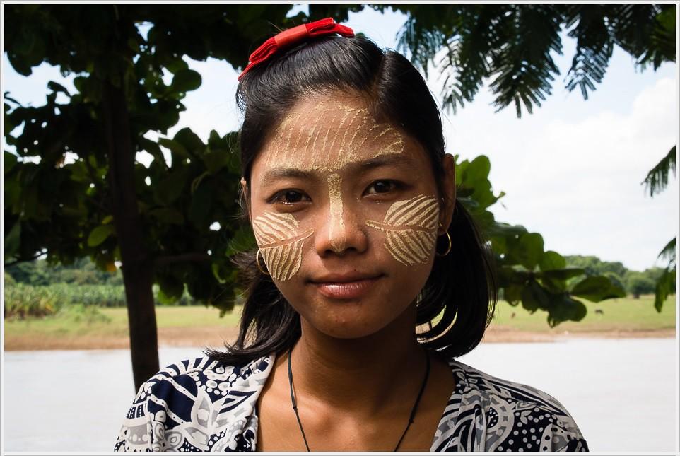 2013 10 05_z2strony_Mandalay_PA050249