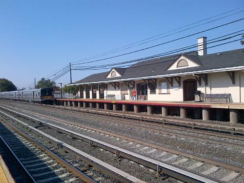 LIRR's Renewed Queens Village Station