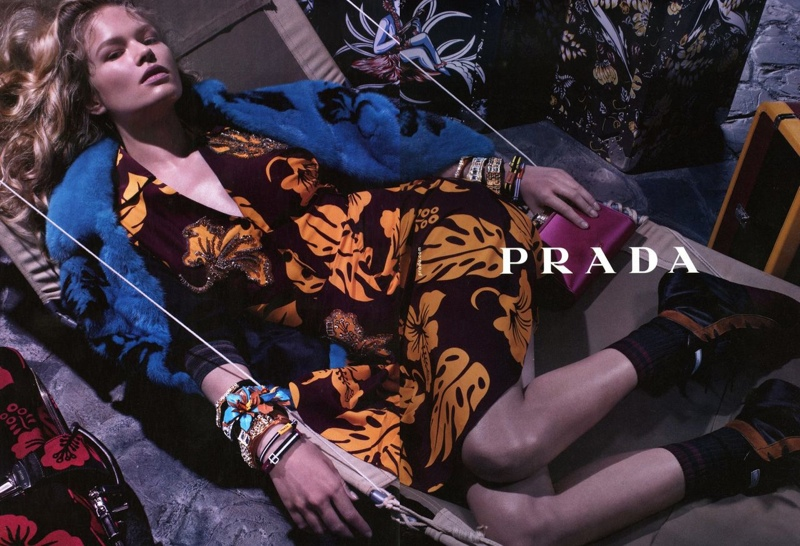 800x546xprada-resort-2014-campaign1.jpg.pagespeed.ic.i_h0nPcf-Q