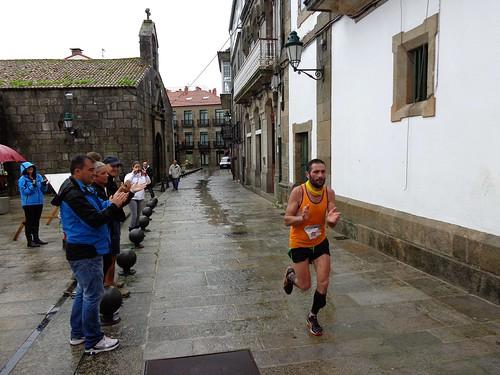 Fernando Arca entra en meta - 4 horas 5 minutos 29 segundos