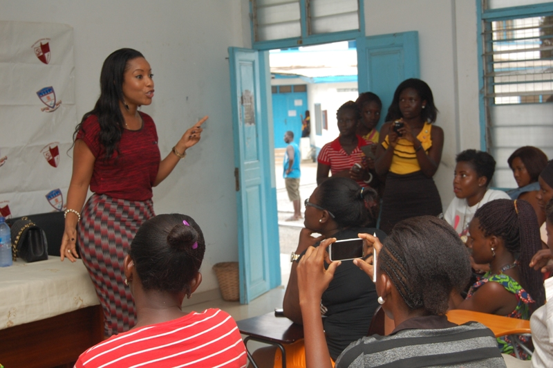 Joselyn Dumas inspires female students at GIJ