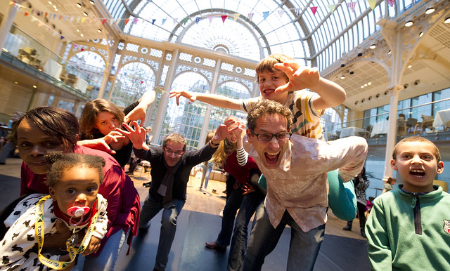 Family Sundays dance workshop © ROH/Sim Canetty-Clarke