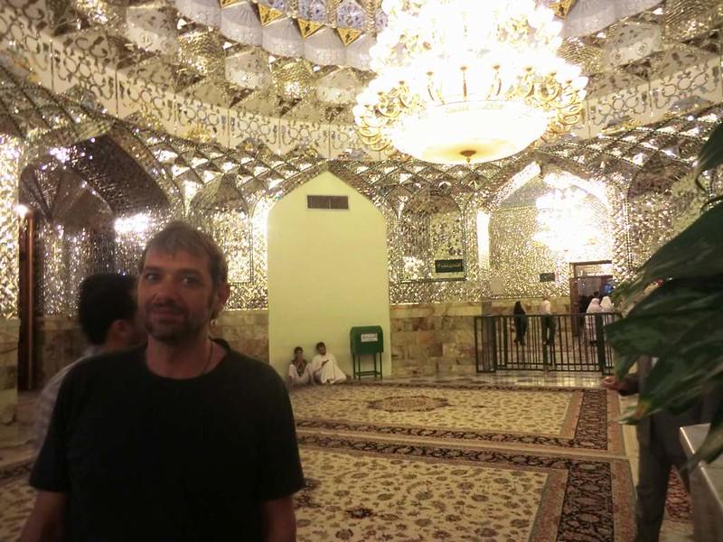 159 Interior de la mezquita de Iman Reza en Masshad. Foto de Majid Kharinkani (15)