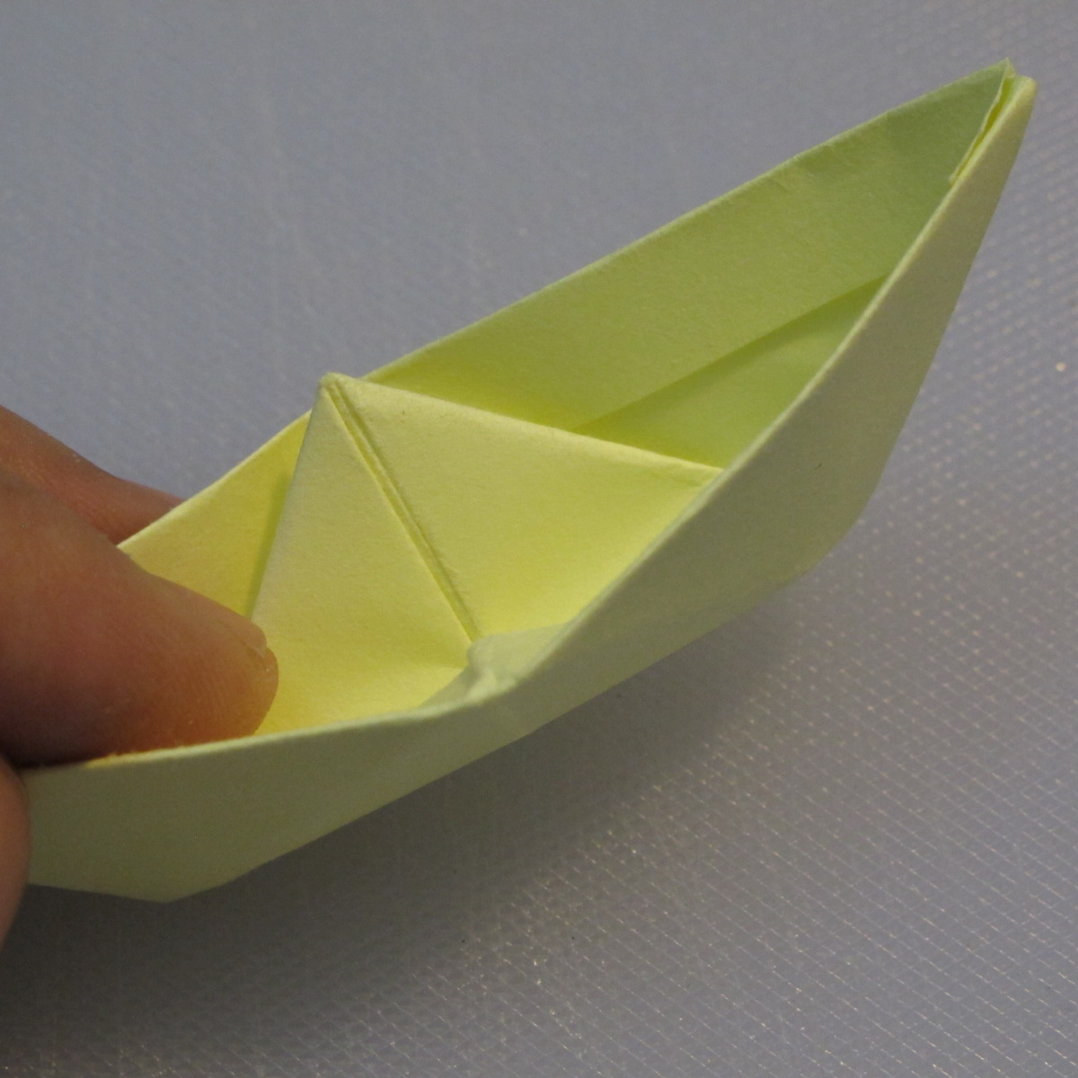 การพับกระดาษเป็นรูปเรือใบ (Origami Boat – 船の折り紙) 012