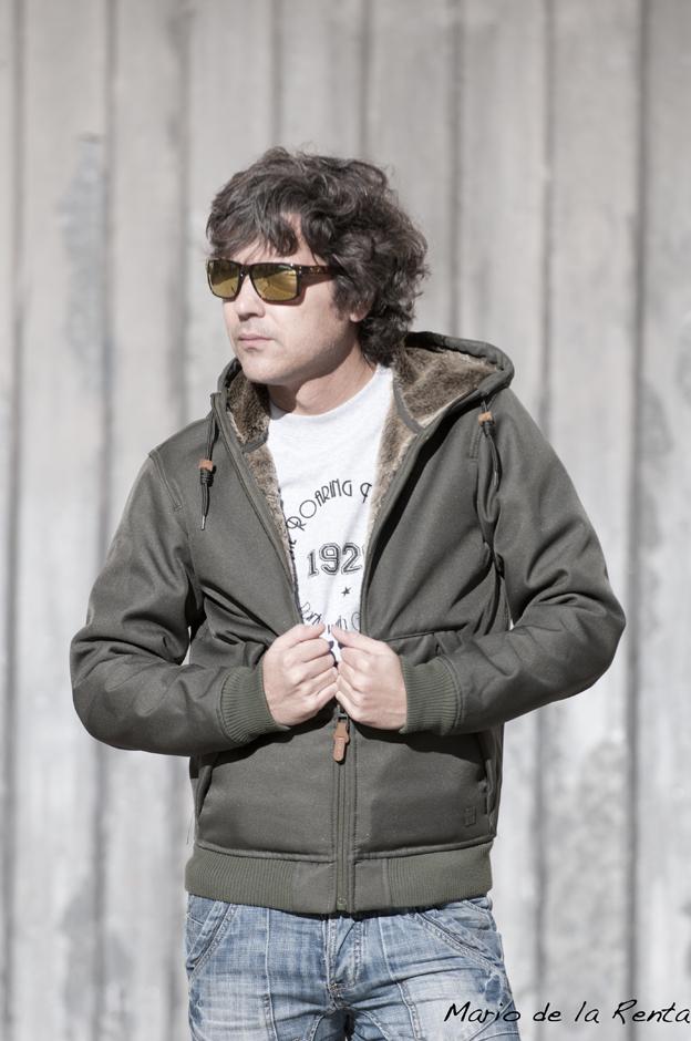 green jacket 08