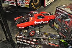 model car, auto racing, automobile, racing, vehicle, stock car racing, sports, race, open-wheel car, dirt track racing, radio-controlled toy, motorsport, monster truck, sprint car racing, scale model, supercar, toy, sports car,