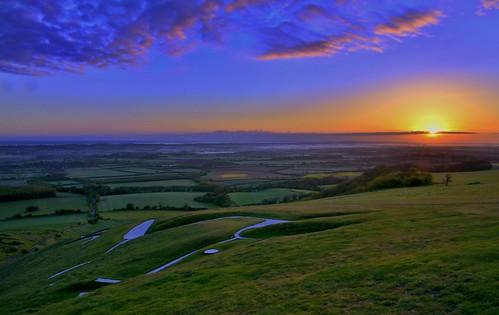sunrise landscape ancient day landmark oxfordshire whitehorsehill uffington pwpartlycloudy