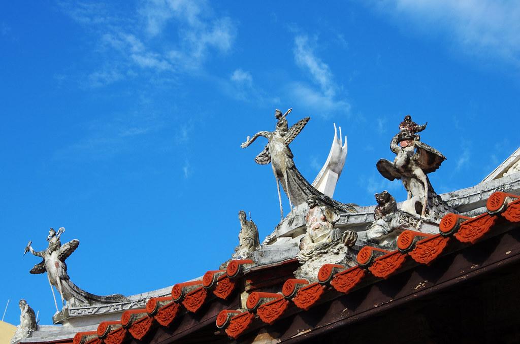框住龍山寺的天空