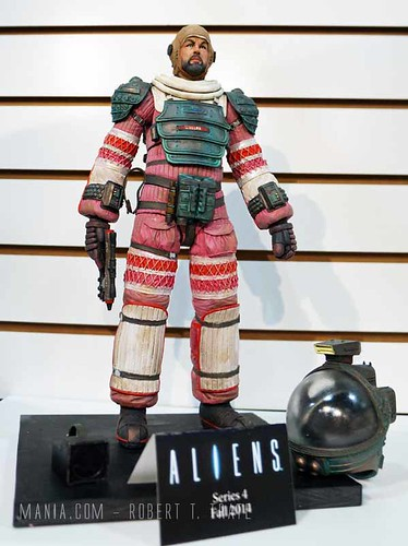 Dallas-Series-4-Aliens-NECA