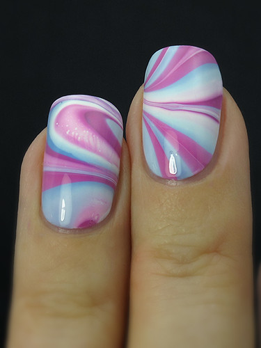 Water marble with Kiko 314 & 339 and Gina Tricot White