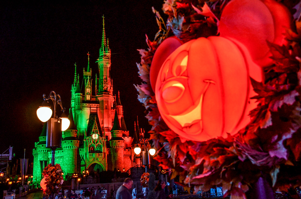 MK Pumpkin Castle 2 MNSSHP