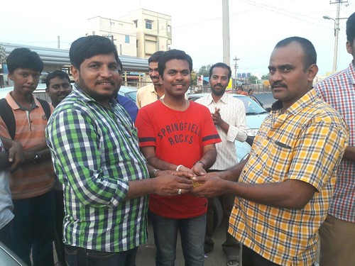 Boopathy Sir receiving Gift