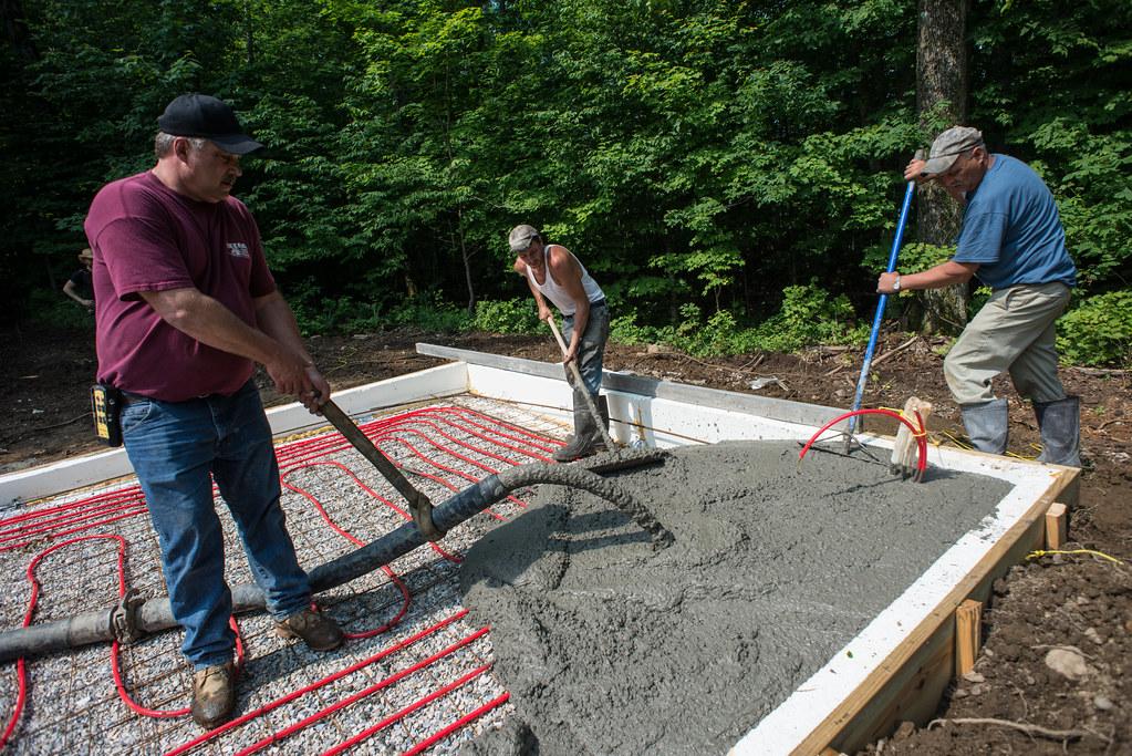 Pumping Concrete Slab For Cottage ...