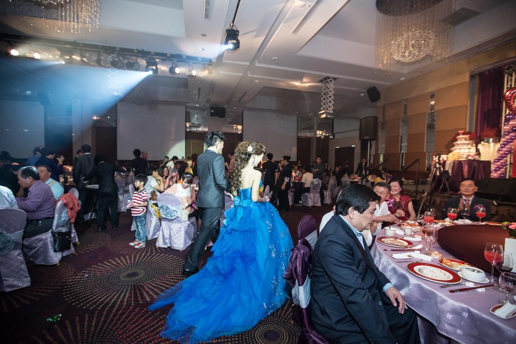 wedding0504-475.jpg